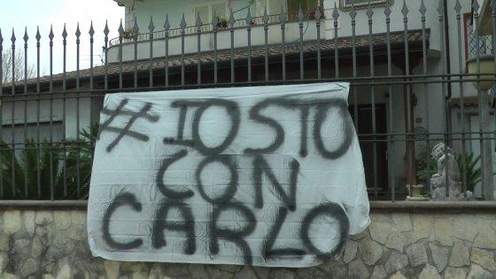 Presidio di solidarietà per il meccanico che ha sparato e ucciso il bandito e nasce #iostoconcarlo