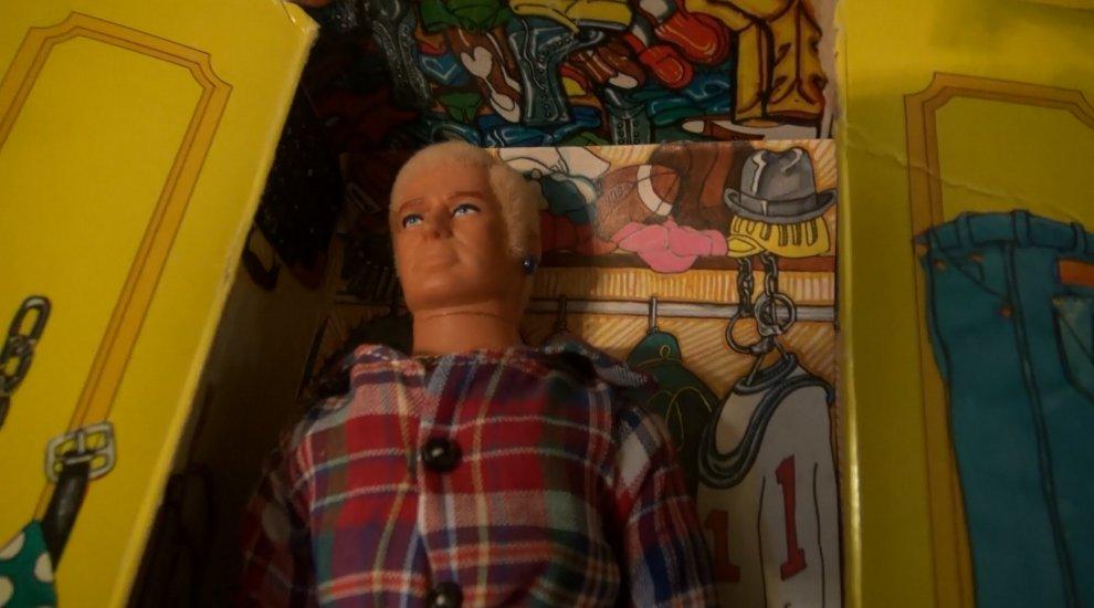 Ecco Gay Bob: il primo giocattolo gay al mondo