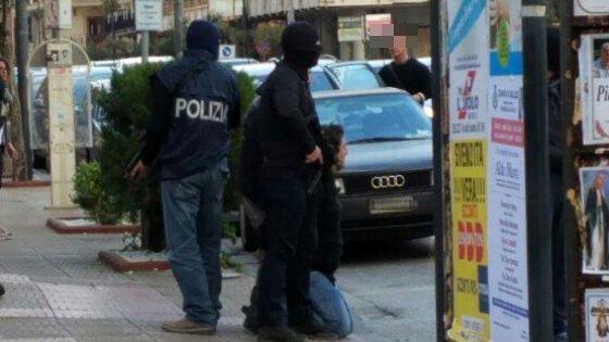 Attacco a Bruxelles, arrestato un algerino a Salerno su mandato belga