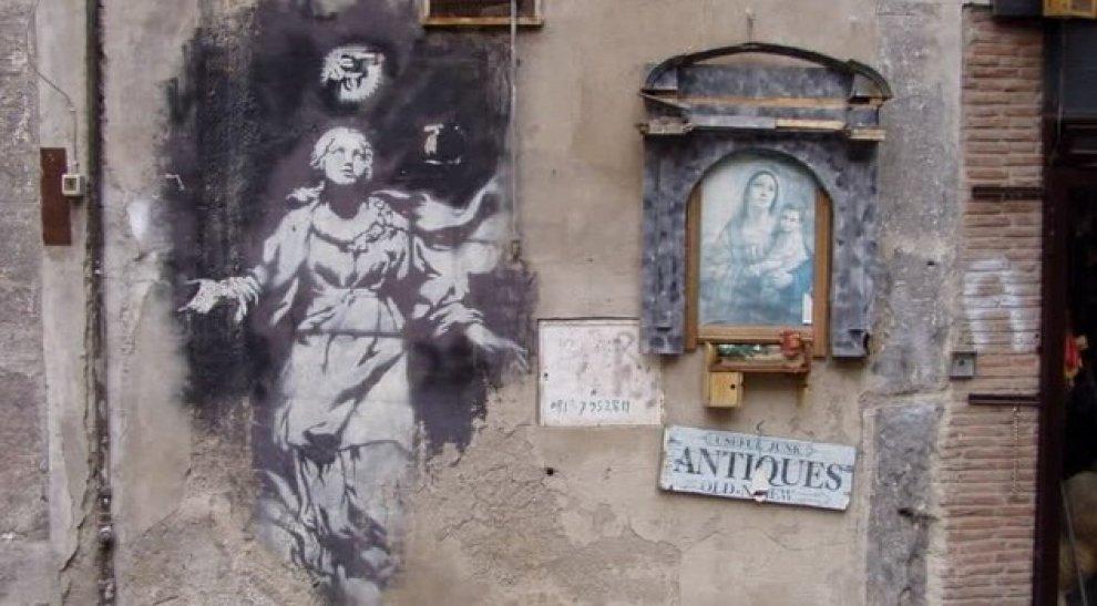 Napoli, salvata dopo petizione popolare la 'Madonna con la pistola' di Banksy