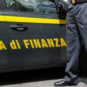 Appalti al ministero della Difesa, sette arresti nel Casertano