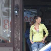Napoli: spari contro un bar a Giugliano, ferita una ragazza immagine. Nel locale c'era anche Nina Moric