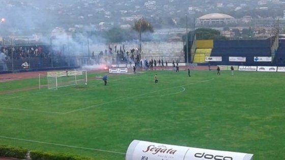 Calcio e violenza, arrestati otto ultrà della Cavese