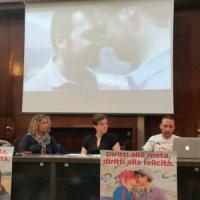 A Napoli il Mediterranean Pride: è il primo corteo dopo la legge sulle