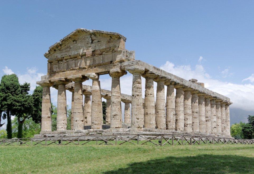 Entra nella casa della dea apre a paestum il tempio di - Immagini della casa ...