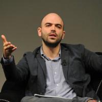 Scorta a Saviano, da Napoli il sostegno del Pd: