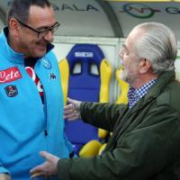 """De Laurentiis aggira Sarri e gli """"impone"""" il contratto"""