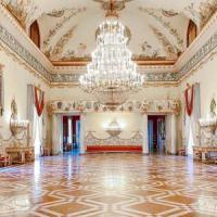 Capodimonte: itinerari speciali, un libro e una pièce su re Carlo