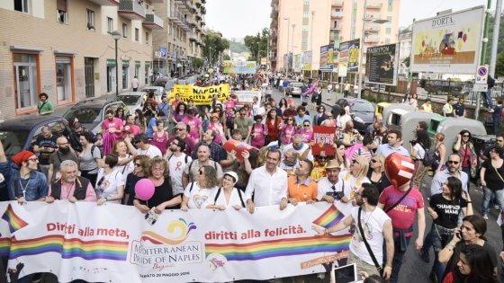Mediterranean Pride of Naples 2016: a Bagnoli sfila l'orgoglio