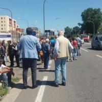 """""""Gli immigrati non li vogliamo"""", proteste in un comune del Casertano. Gli inquilini di un..."""