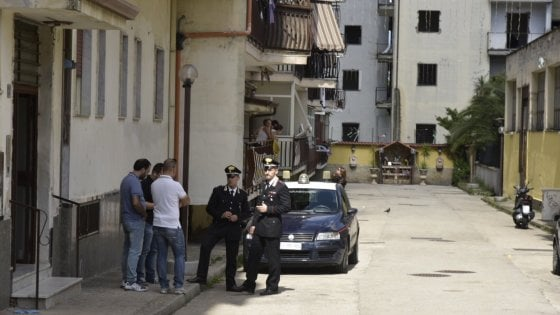 La camorra torna a sparare nel napoletano, due morti  e un ferito