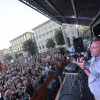 La festa per l'elezione di Luigi de Magistris in piazza Plebiscito