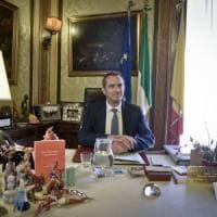 De Magistris vara la nuova giunta e conferma gli 11 ex assessori