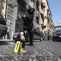 """Otto stese in 4 giorni sparati cento colpi allarme a Napoli ovest """"Innocenti"""