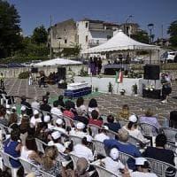 San Salvatore Telesino, i funerali della piccola Maria