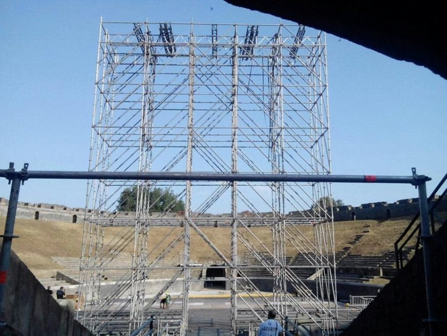 David Gilmour Pompei, i preparativi per i due concerti