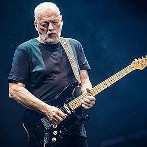 Pompei, treni speciali per i concerti di David Gilmour e di Elton John