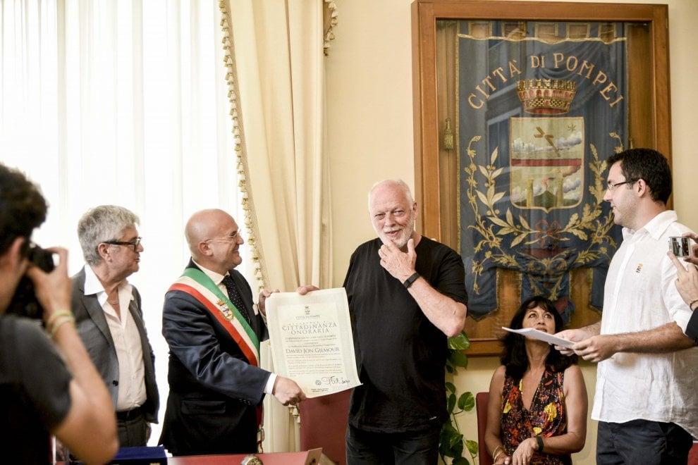 """David Gilmour a Pompei: """"Che emozione poter suonare di nuovo qui"""""""