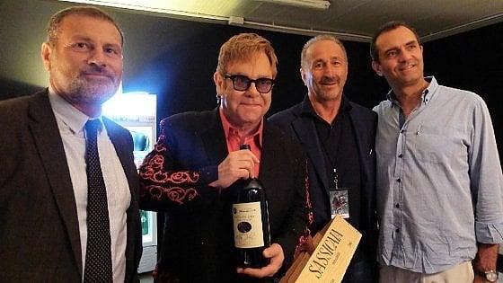 """""""Grazie mille Pompei"""", così Elton John suggella il concerto agli Scavi"""