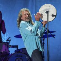 Plant strega l'Arena Flegrea. In seimila a Napoli per l'ex dei Led Zeppelin