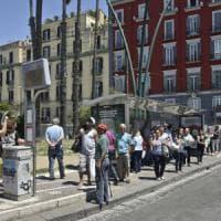 Corse soppresse e attese l'estate nera degli autobus a Napoli