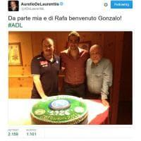 Il 25 luglio 2013 Hiuguain arrivava al Napoli, l'anniversario beffa in rete