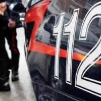 Sedicenne violentata e ricattata dal branco nel Napoletano, 11 minorenni arrestati