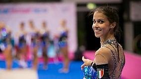 A Rio de Janeiro la squadra di ginnastica ritmica danza su note napoletane
