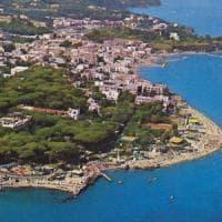 C'era una volta la spiaggia, allarme erosione a Ischia: ogni anno sparisce il sette per...