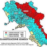 Campania, ottocentomila fabbricati nelle zone a rischio sisma