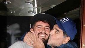 """Maradona va a cena con il figlio  """"Una gioia indescrivibile"""""""
