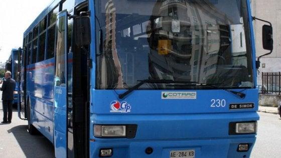 Autista alla guida bus aggredito da un immigrato nel Casertano