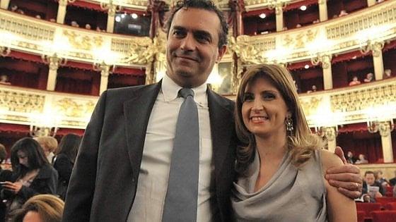 Scuola, cattedra Napoli per la moglie del sindaco de Magistris, è polemica