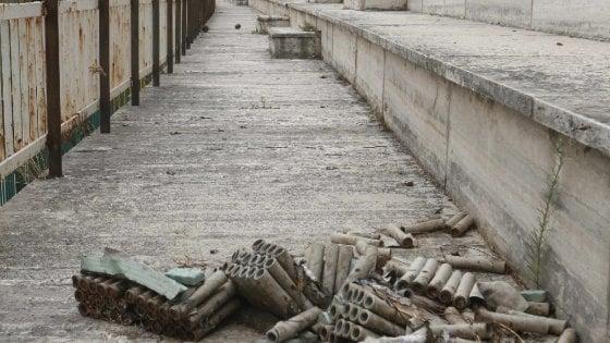 Il Comune riapre lo stadio Collana, ma nel degrado
