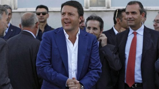 """A Napoli arriva Renzi, il sindaco de Magistris tende la mano: """"Le istituzioni devono dialogare"""""""