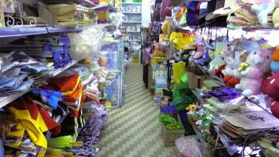 online retailer c11d3 2b9a4 Cinesi alla conquista di Chiaia, apre il primo negozio ...