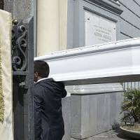 Tiziana, suicida per video hard:  4 indagati per diffamazione. La madre: