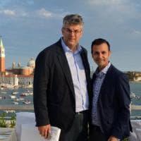 """Il giorno del """"Sì"""" tra il sindaco di San Giorgio a Cremano e il suo compagno. Celebra..."""