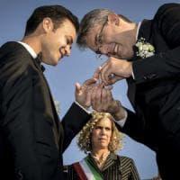 """San Giorgio a Cremano: riso, fiori e """"Over the Rainbow"""" per l'unione tra il sindaco..."""