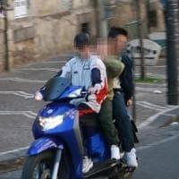 Napoli, baby gang in moto terrorizzano i passanti: sei identificati