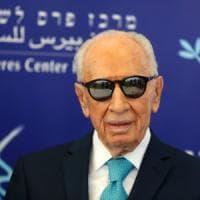 Simon Peres a passeggio per  Napoli, il ricordo di Antonio Bassolino