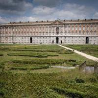 Caserta perde il G7: autogol del presidente De Luca, sconfitto dal governo