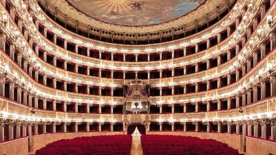 """Carla Fracci, schiaffo alla Scala: """"Scelgo Napoli e il Teatro San Carlo"""""""