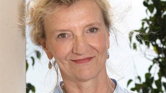 """La scrittrice Elizabeth Strout: """"Grazie, Napoli"""""""