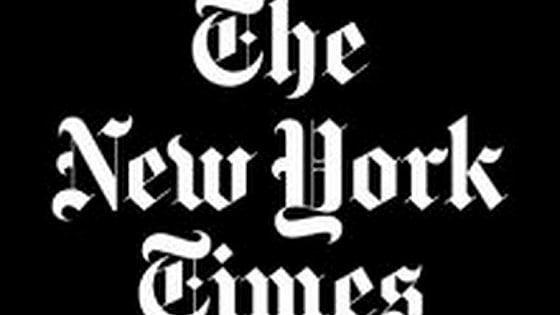 """Il New York Times sul caso Ferrante: """"Aspetti positivi nello svelamento della sua identità"""""""