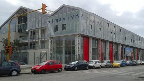 Crisi Almaviva, chiude la sede napoletana di via Brin: a rischio 845 posti di lavoro