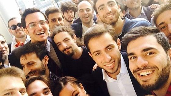 """Apple a Napoli, l'entusiasmo degli studenti dopo la prima lezione: """"Qui si impara un mestiere"""""""
