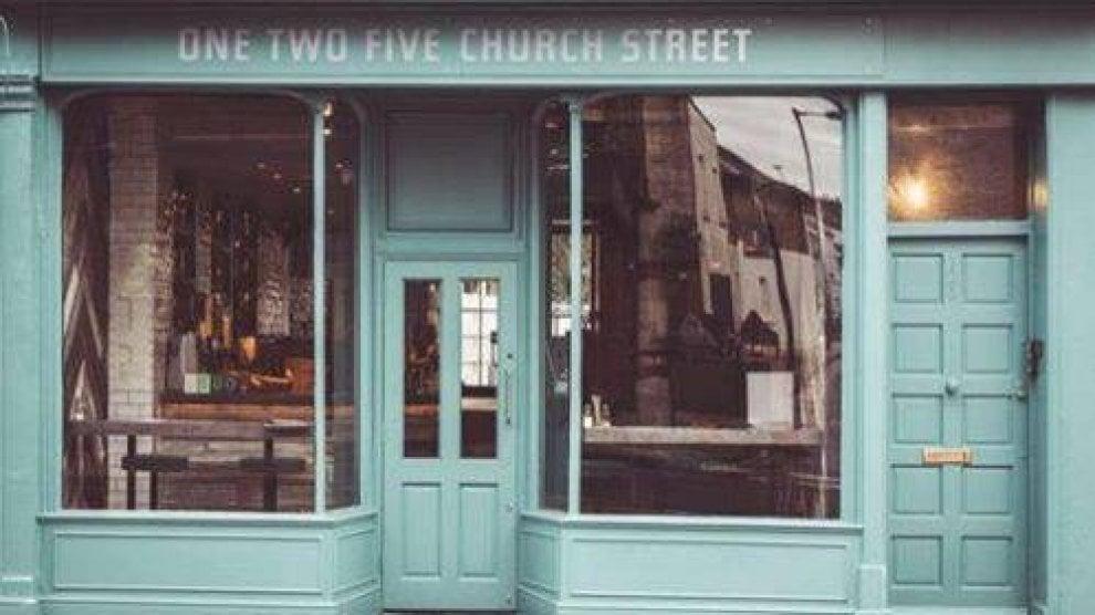 """Un nuovo locale a Londra per la storica pizzeria di Forcella """"Da Michele"""""""