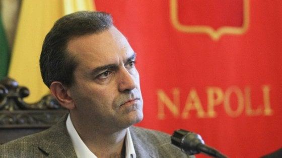 """De Magistris: """"Firmo il Patto per Napoli se non è un pacco"""""""