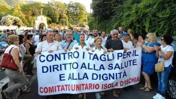 Ischia, protesta del Cudas per il diritto alla salute contro il nuovo piano Asl